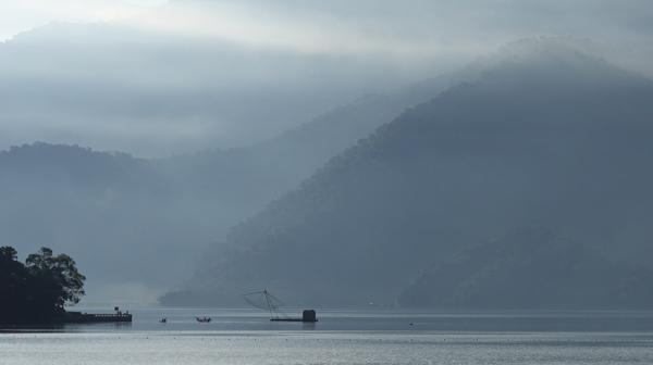 台湾の湖「日月潭」の温泉へ 山水画級の絶景と紅茶