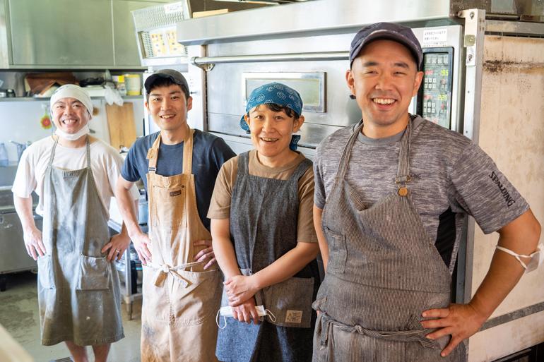 左から、塩田ルカさん、鈴木秀明さん、仁尾佳代さん、笹川大輔さん