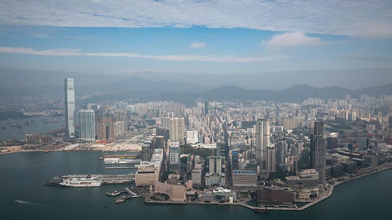 香港を空から