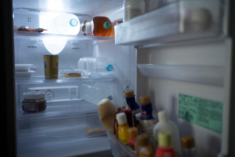 冷蔵室はほぼ飲料用。ほかに納豆、キムチ