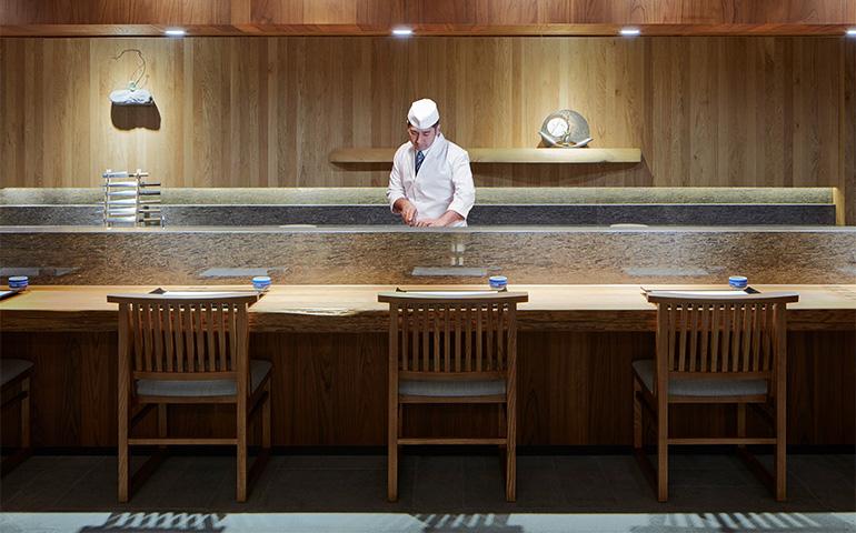 ホテル内の日本料理レストラン「舞」