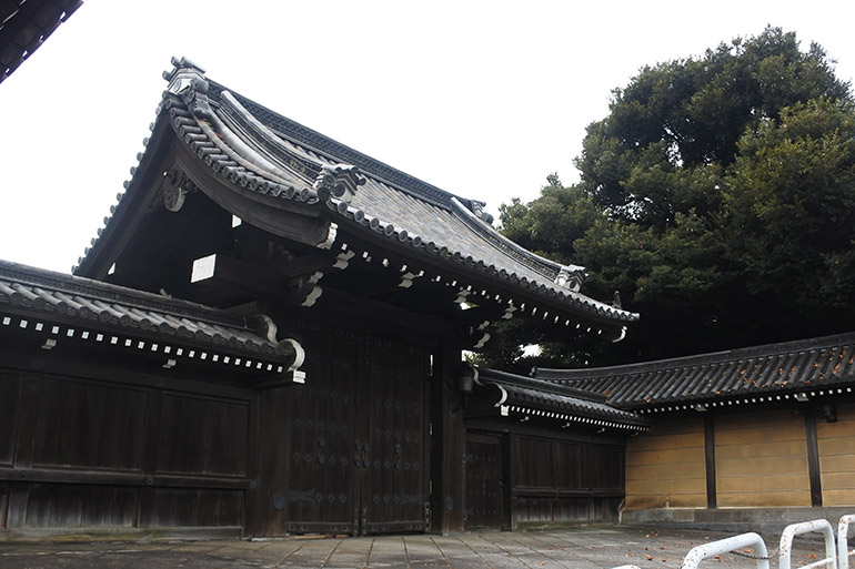 迎賓館赤坂離宮の東門として移築された、紀州藩徳川家の中屋敷門