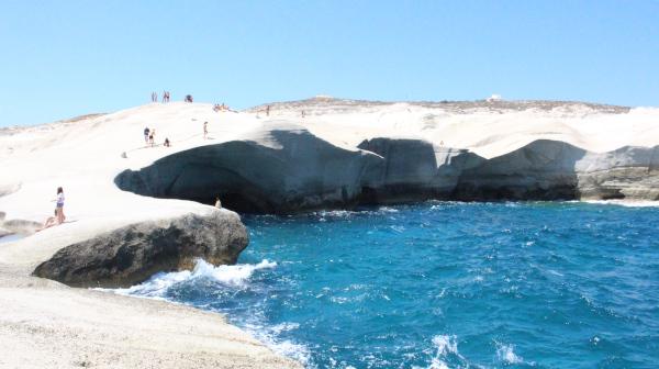 コロナ禍と向き合うエーゲ海の島 ギリシャ