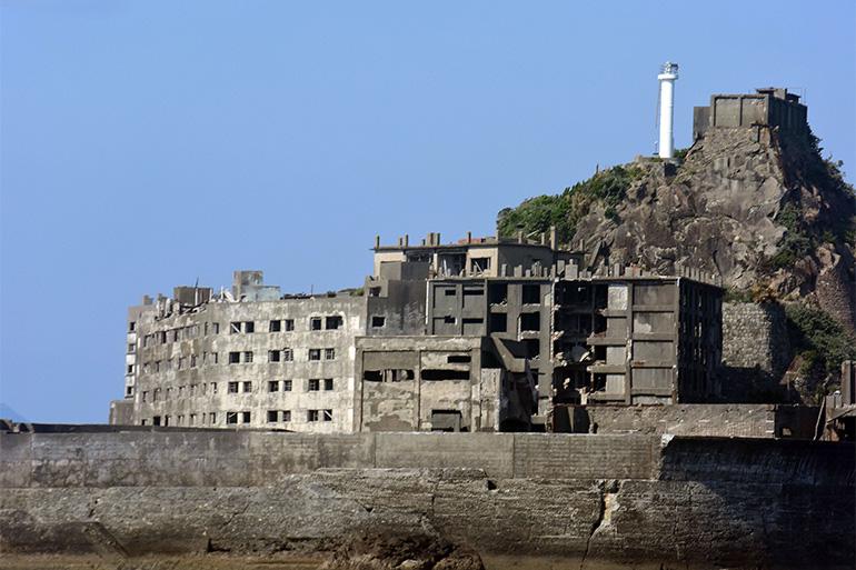 灯台は無人島になってから建てられた