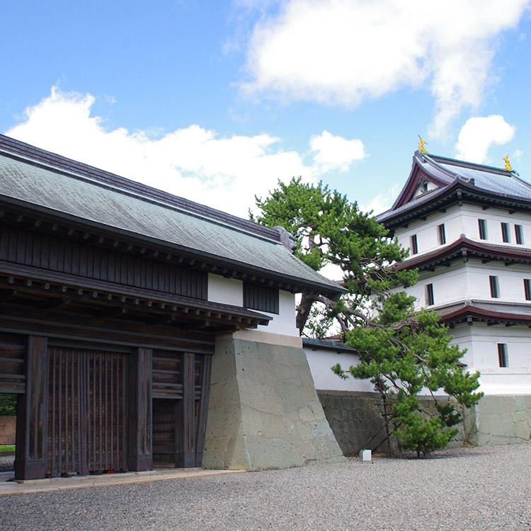 特例で築かれ十数年後に落城、波乱万丈の松前城 「青天を衝け」の城(6)