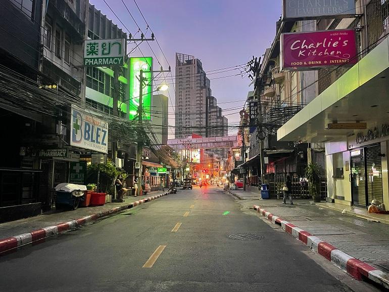 あの頃のにぎわいはいま…… アジアの街を思う(1)