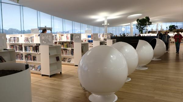 リビングのような図書館 ヘルシンキ「オーディ」