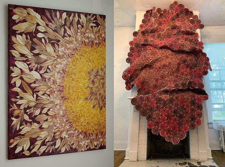 (写真左)自然の花びらをそのまま平面作品にしたコラージュ。凄さと美しさの中に、どこか和ませる魅力的な作品だ。Deflores by Valerie Hallier, picture taken by Valerie Hallier (写真右)テキスタイルを使って作品を制作するアーティスト、Sagarika SundaramのMSR。この作品は彫刻的・工芸的な目線によるもので、作品の量感が非常に気に入っている。Photo by Sagarika Sundaram