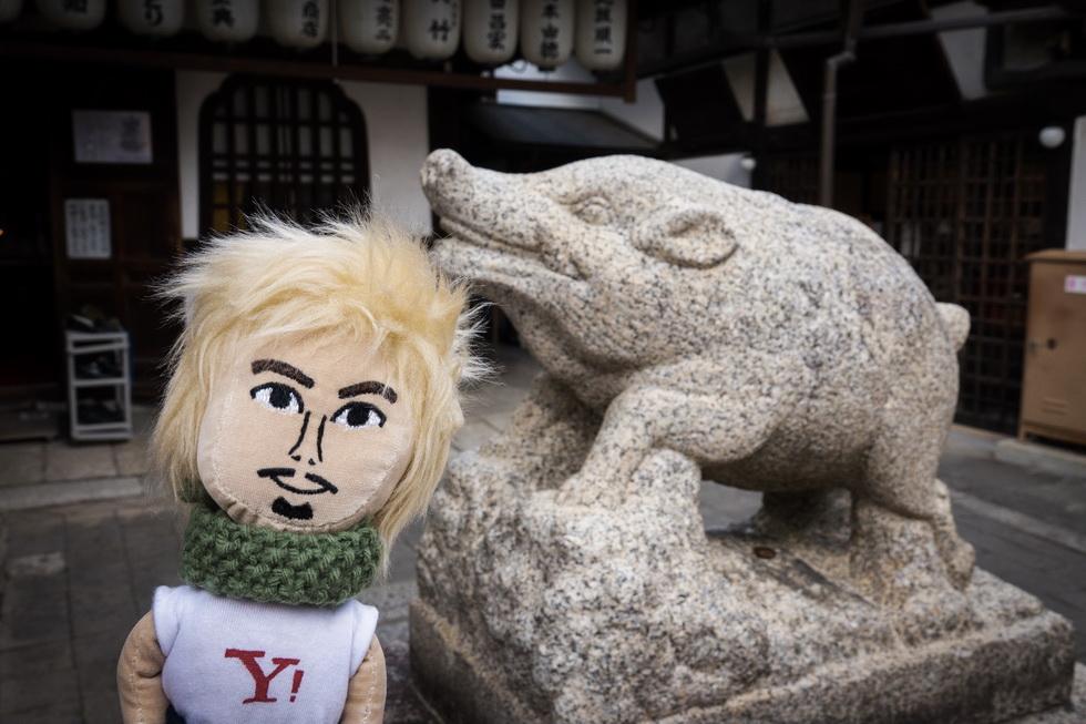 ちなみに隣接する建仁寺禅巨庵の摩利支尊天堂には狛亥も。今年の干支はイノシシだから縁起がいいかもね!