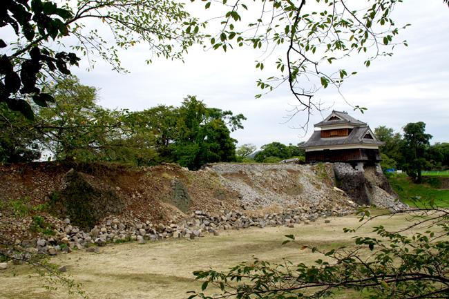 地震から半年、熊本城の現在と未来(後)