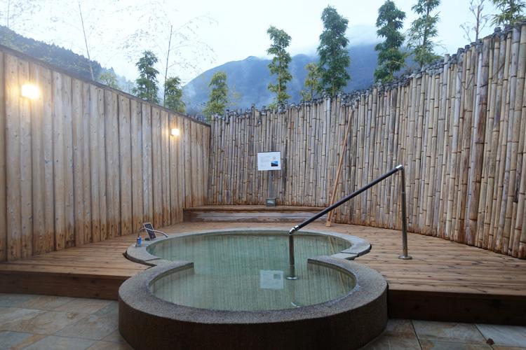 温泉+貸し切り温泉 プライベートな時間を大切に 由布院温泉「金門坑。」