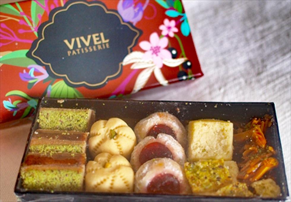 「ヴィヴェル」の箱詰めの焼き菓子