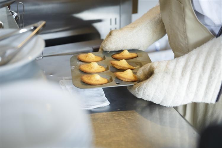 夢中でほおばる甘い幸せ。京都「Kew」のドーナツとチーズケーキ