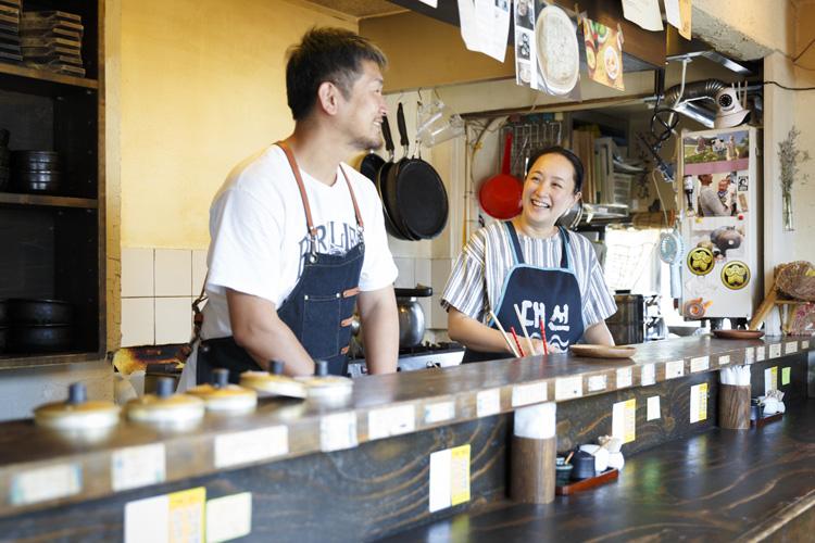 滋味深い韓国料理で夏バテの体をリフレッシュする「ピニョ食堂」