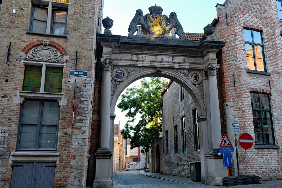 ホテル「Maritin's Brugge」近辺の路地