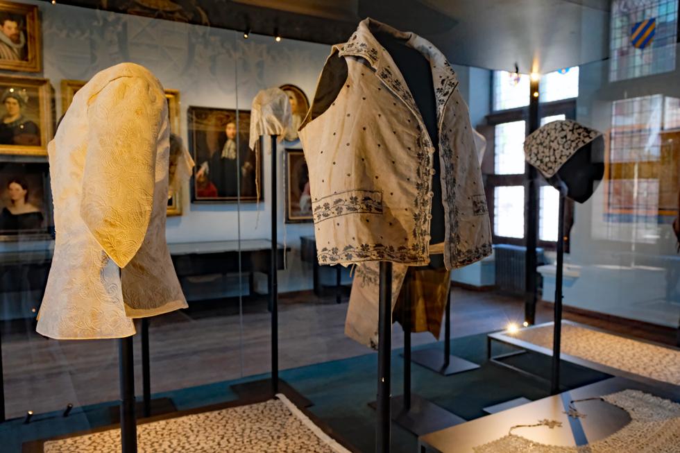 グルートフーズ博物館に展示されている昔の衣類