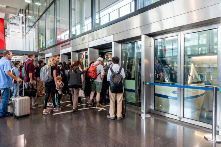 列車が故障! 乗り換えどうなる? (1) チューリヒ空港~ポントレジーナ