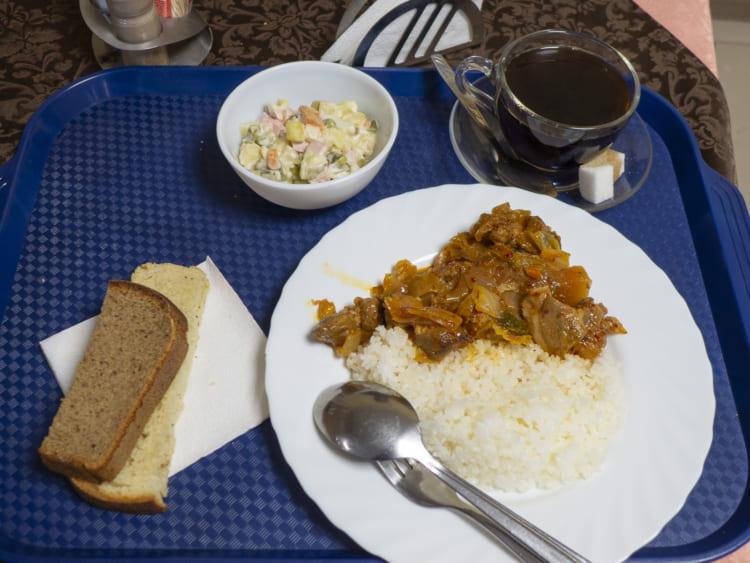 ビーフストロガノフ風の煮込み料理