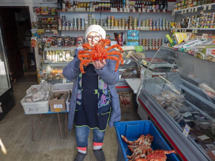 コルサコフの港に近い魚屋