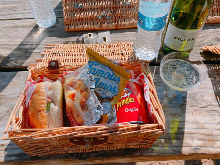 「シャンパン・ピクニック」