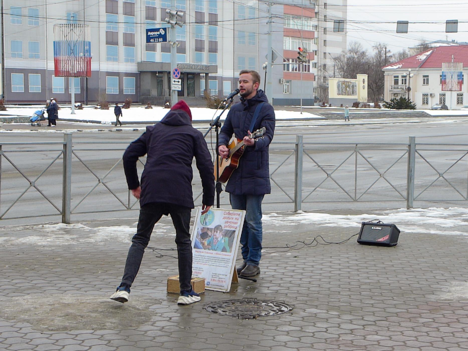 ユジノサハリンスクの路上ミュージシャン