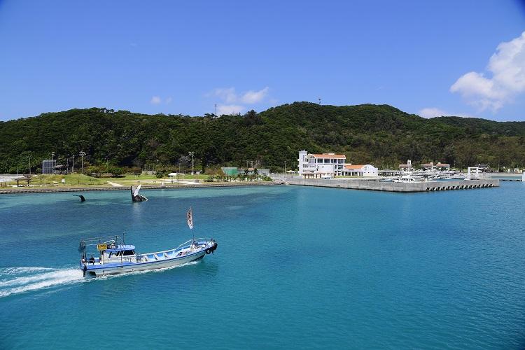 制限時間は2時間! 座間味島乗り尽くしに挑む 沖縄の離島路線バスの旅10