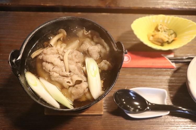 「芋煮」料理