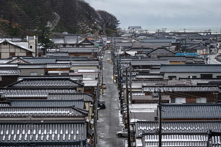 思わぬ単独出発、冬の新潟を南へ 旅行作家・下川裕治がたどる「奥の細道」旅12