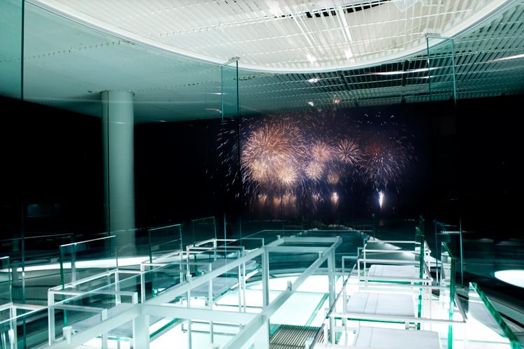 ウォーターバルコニーから見た花火。今年は見られますように©ATAMI 海峯楼