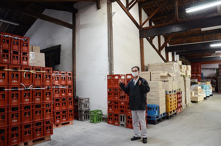 国内最大級の朝市 「陸奥八仙」の酒蔵が入浴剤 八戸の旅(下)