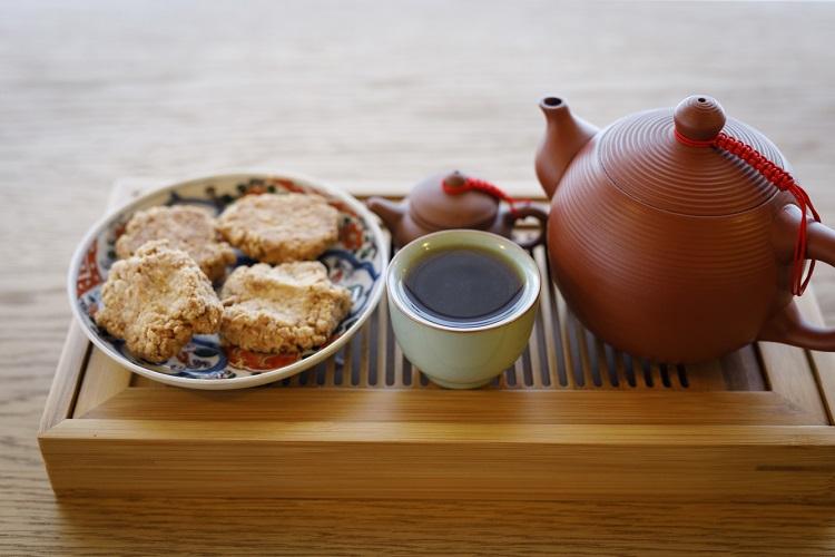 「台湾阿里山コーヒー」(焼き菓子、阿里山高山茶付き1600円・税込み〜)