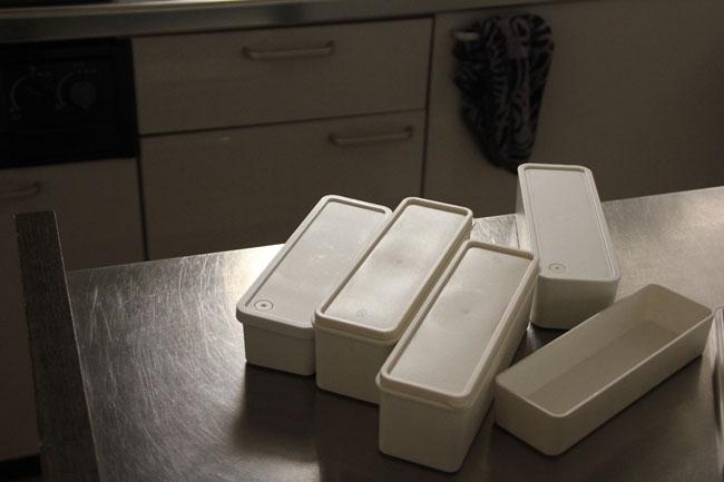 モジュールが同じで廃盤の少ない無印良品の弁当箱は3人の子どもにフル活用。高さ違いの箱を自由に組み合わせられる