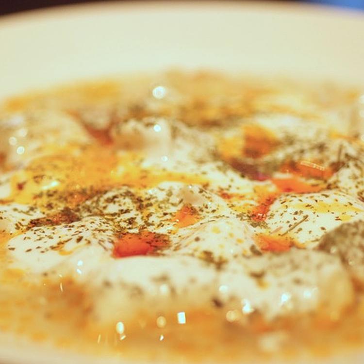 日本人向けアレンジなし、本場の味を ~イズミル(トルコ料理)