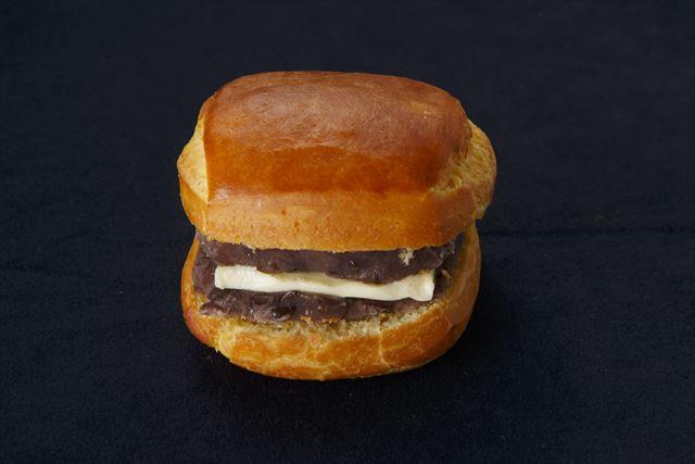 丸八製菓のつぶあんバターサンド