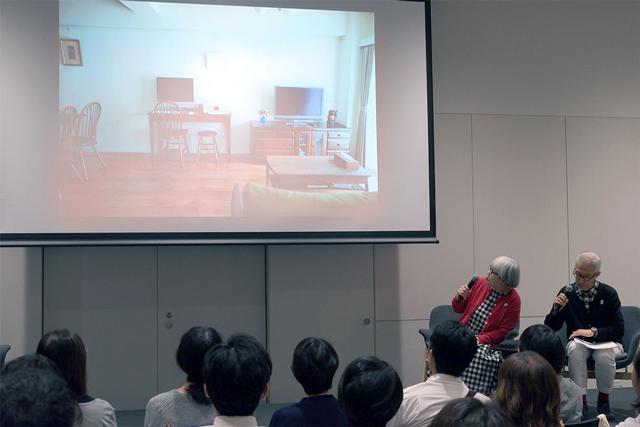仙台のマンションのリビング。家具は新しく購入したもの、古いものが混在していますが、色を統一しました