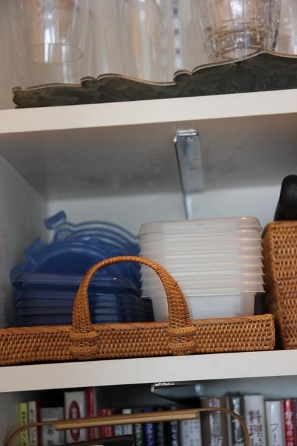作り置きをするので保存容器は必需品。スタッキングできるよう1種のメーカーに決めている