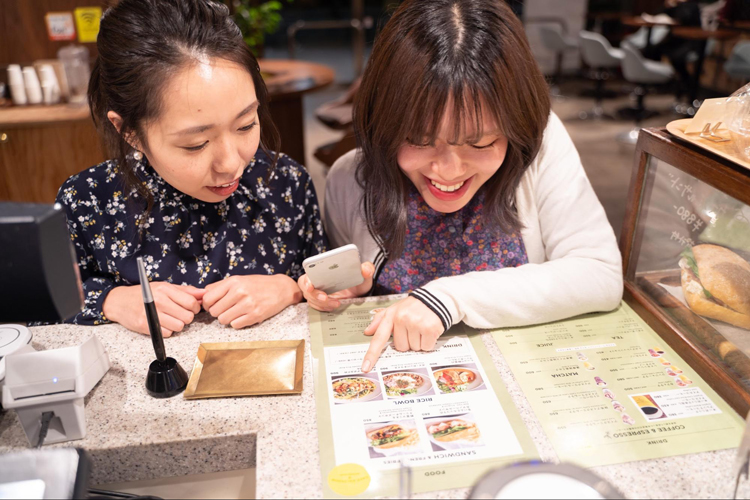 <32>割り勘は、日本人の文化を考えると現金が優位?