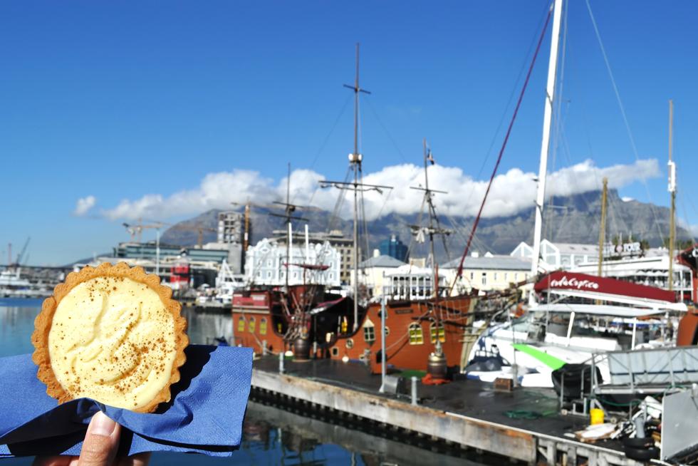 ポルトガルのお菓子Pastel de Nata(パステル・デ・ナタ)が、オランダで「ミルクタルト」となり、オランダ人によって南アフリカに持ち込まれたとされる/アフリカ・南アフリカ