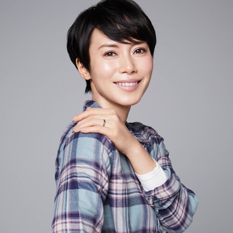 """""""あなたには帰る家がある"""" 中谷美紀さん 「私自身は、できるだけ身軽でいたい」"""
