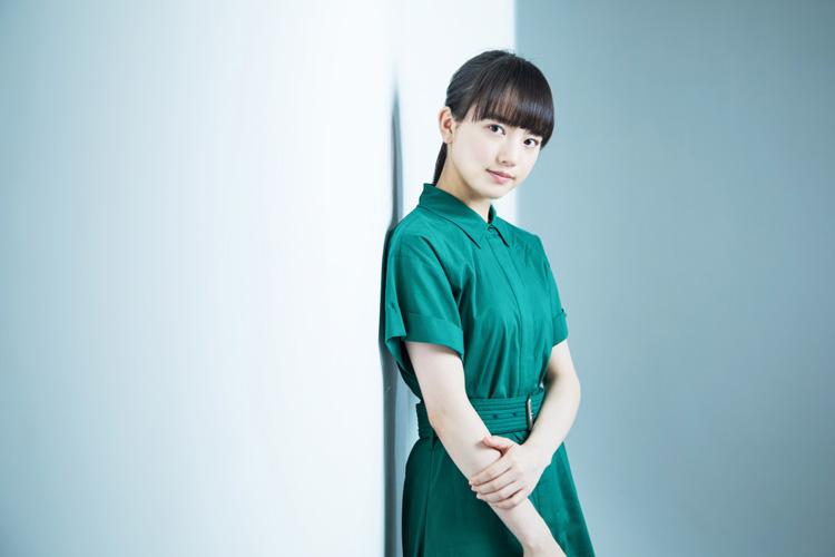 俳優・清原果耶さんと「毒」