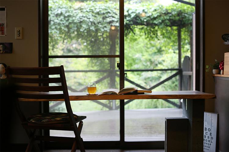 <123>地域のご縁が育てる住宅街の一軒家カフェ 「book & cafe Nishi-Tei」