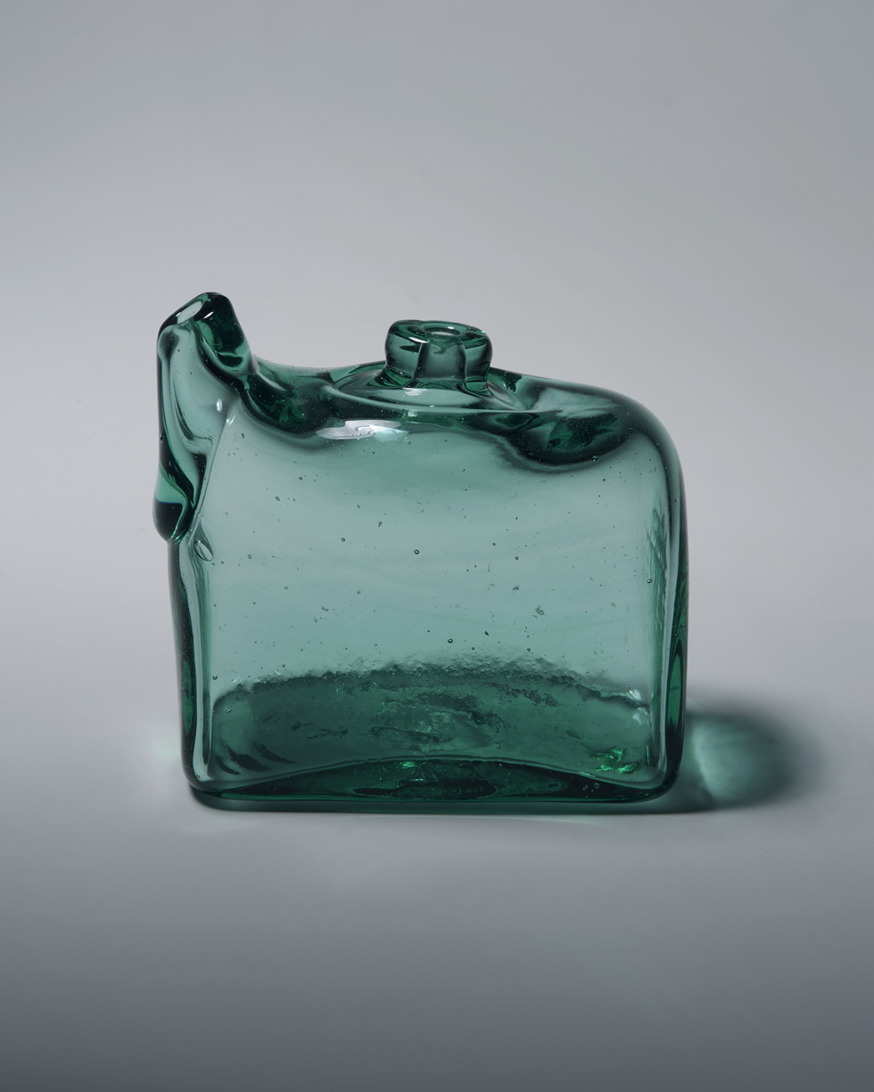 水滴 H6.1×W7.4cm