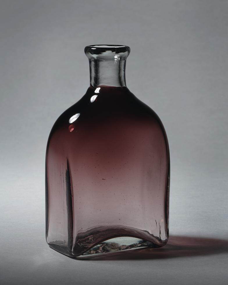 角酒瓶 H15.6×W9.1cm