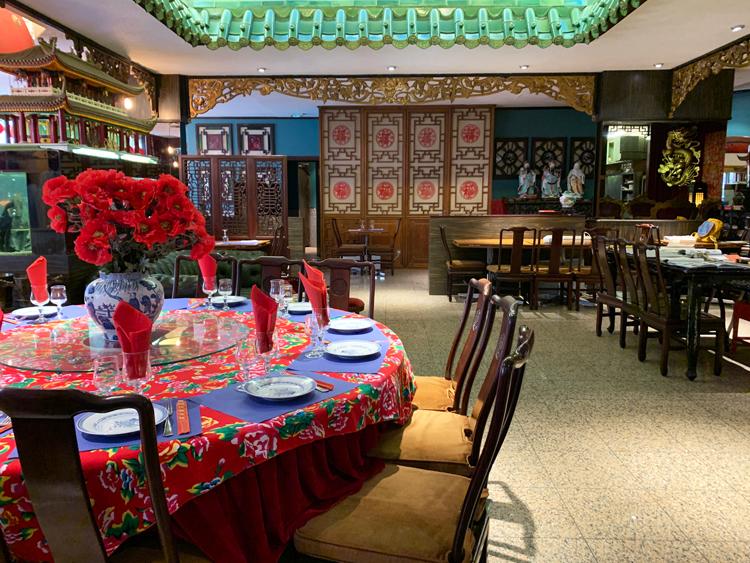 ふわっと柔らか「獅子頭」の味。中華料理を食べて昭和に浸る/Pavillon aux Pivoines