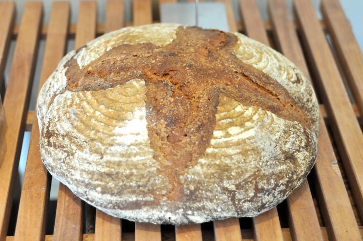 お取り寄せパンを楽しもう! ハード系がおいしい4軒