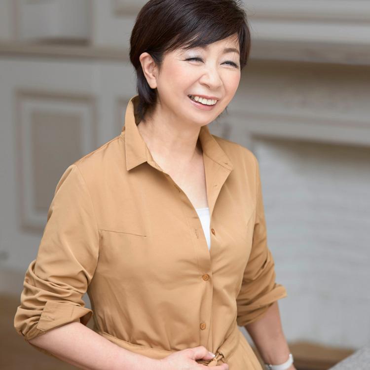 大人の着こなしバイブル、再刊。スタイリスト石田純子の本が、今なぜ新しい?