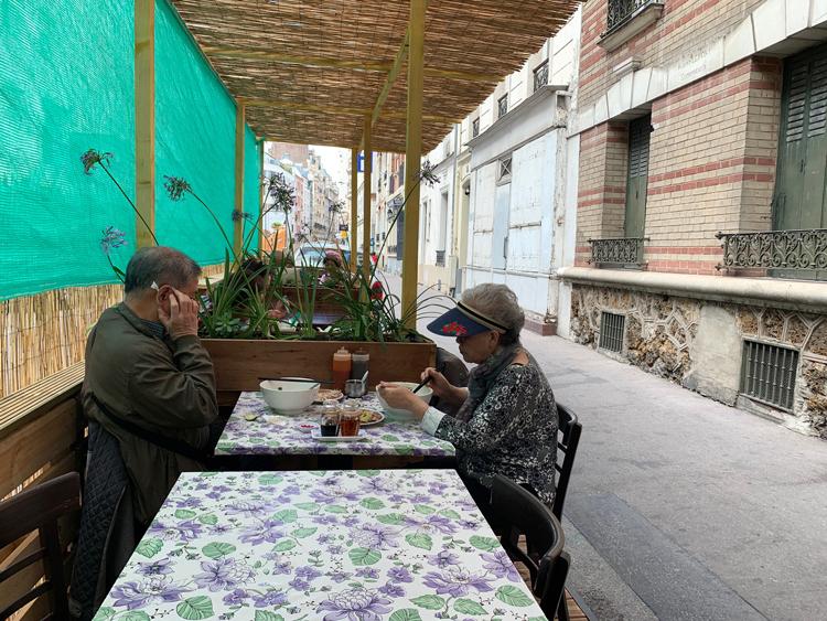 ベトナム料理、でも実家の混ぜごはん味? 未知なる「森の生春巻き」/Ngoc Xuyen Saigon