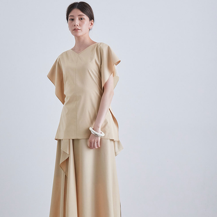 和服の直線裁ちの理念を、洋服に。「ロペ ラ リーニュ」の試み