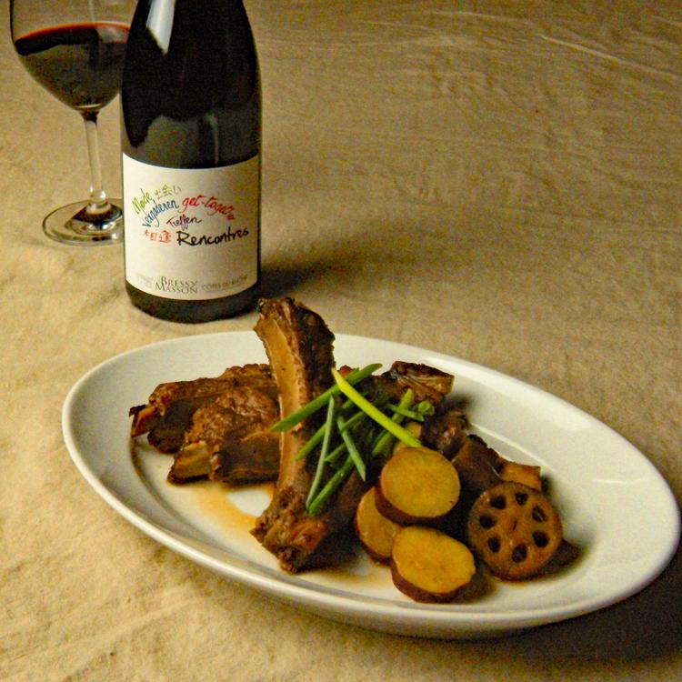 秋を楽しむ、こっくり煮込み中華。合わせるワインは?