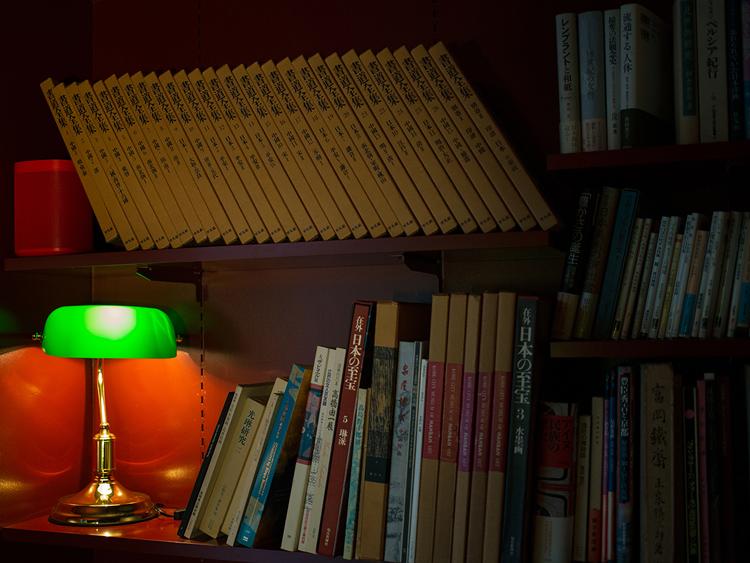蔵書の多くは美術書のコレクターから譲り受けたもの